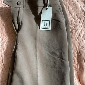 FOREVER 21 BUSINESS PANTS NEVER WORN